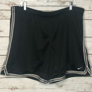 Nike Basketball Shorts Size XL Great Condition